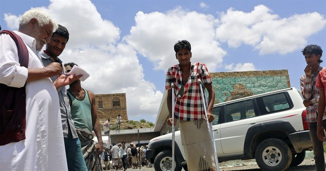 Saudi coalition airstrikes hit rebel stronghold in Yemen