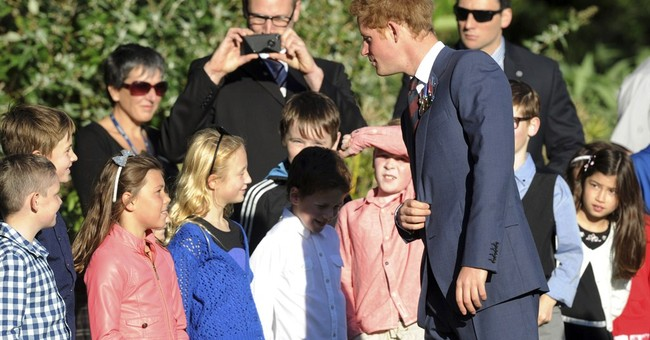 Prince Harry talks rugby and presses noses in New Zealand