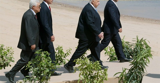 Abbas dramatically challenges Israel after 10 cautious years