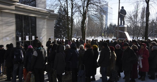 Lack of aid deepens suffering in conflict-hit east Ukraine