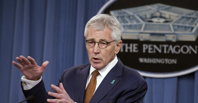 Hagel on farewell tour to promote next-gen bomber