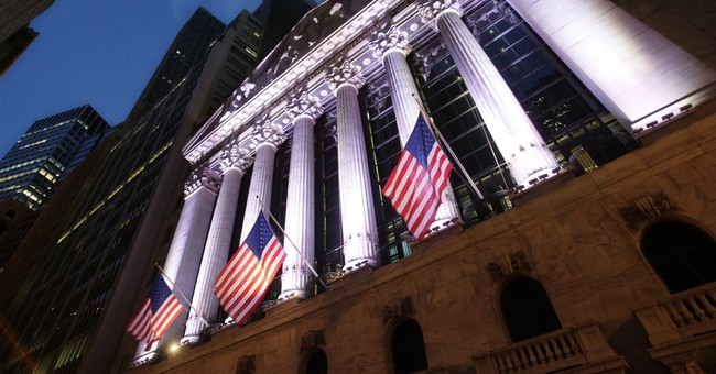 US stocks gain after two days of losses; Oil prices lower