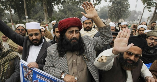 Pakistan cleric offers prayers for Charlie Hebdo attackers