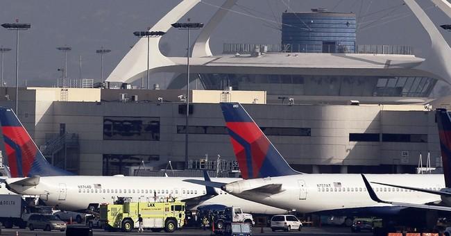 Delta flight returns to Los Angeles after emergency