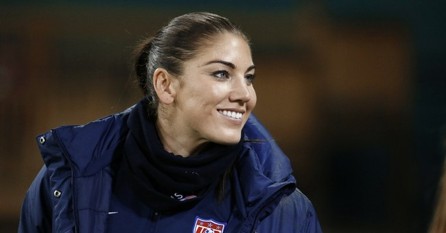 Assault charges dismissed against soccer star Hope Solo