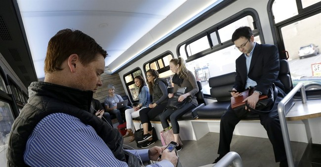San Francisco commuters snub public transit for $6 bus ride