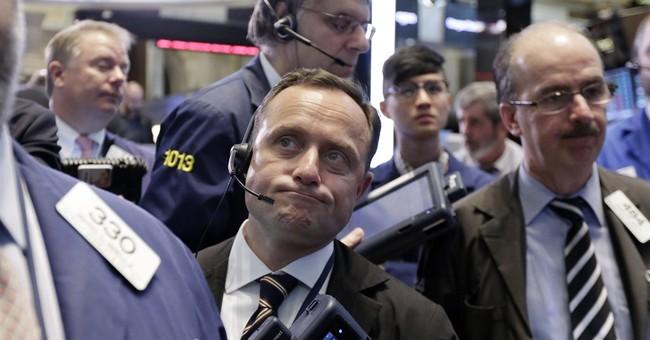 US stocks edge lower amid bond market volatility