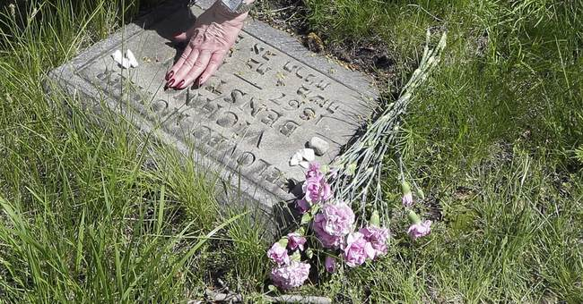 In Detroit, Jewish cemetery survives within GM auto plant
