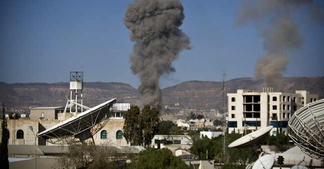 Yemen's humanitarian truce barely holds as violence resumes