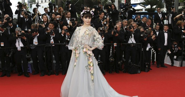 Fan Bing Bing enjoys taking fashion risks at Cannes