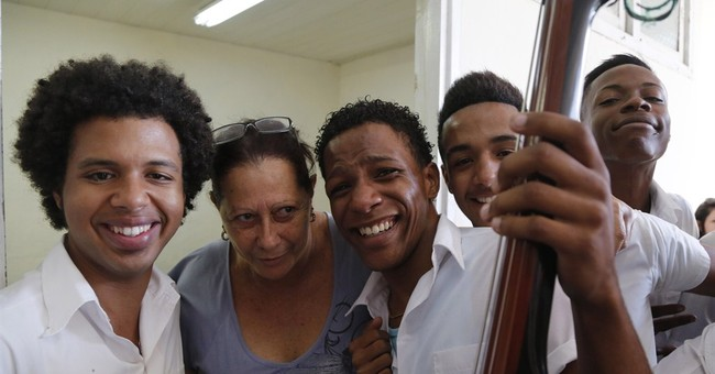 For first time in years, major US orchestra performs in Cuba