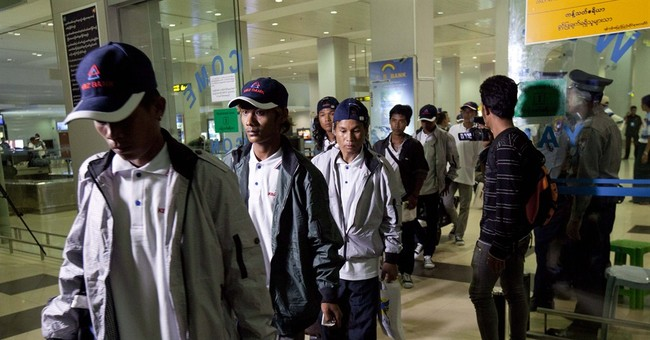 125 former slaves return home to Myanmar from Indonesia
