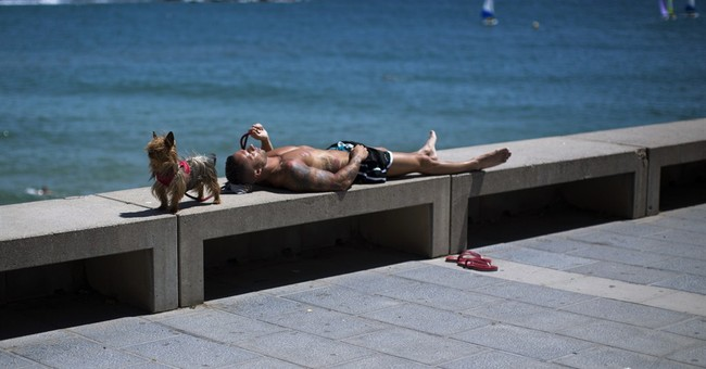 Spain, Portugal bake in record May heat wave