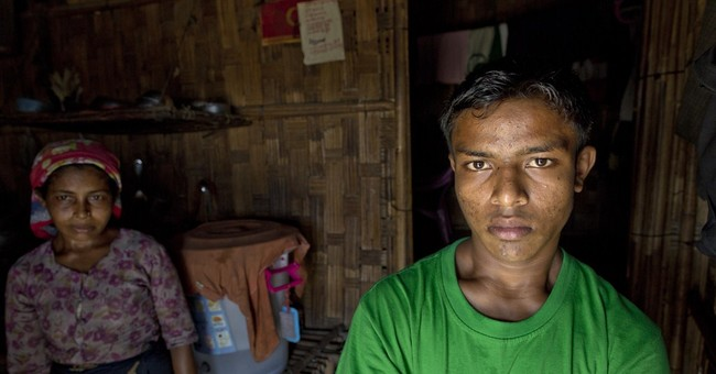 Brokers tricking Rohingya children onto trafficking boats