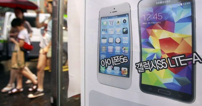 Court agrees Samsung copied Apple, but tosses some damages