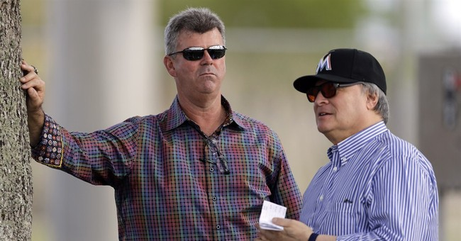 Marlins GM Dan Jennings becomes Miami's manager