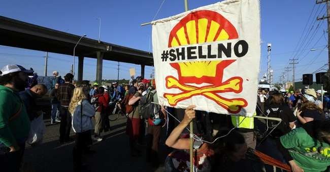 Drilling foes block Seattle port entry; city issues notice