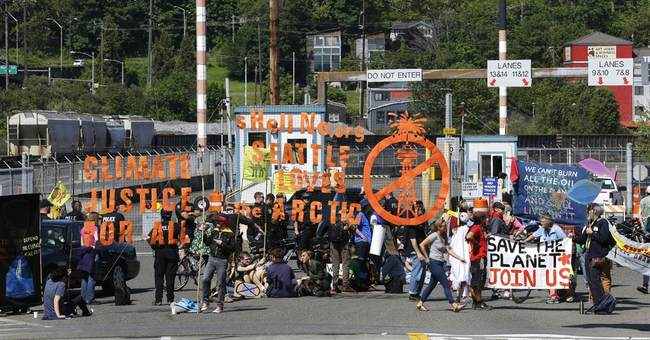 Seattle protests influence John Kerry trade speech venue