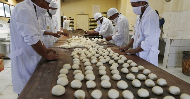 Bread strike has soldiers turned bakers in Bolivia
