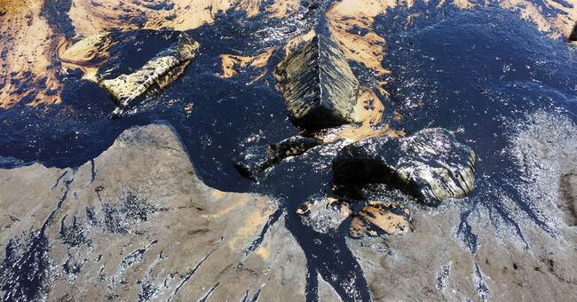 Oil pipeline spills about 21K gallons off California coast