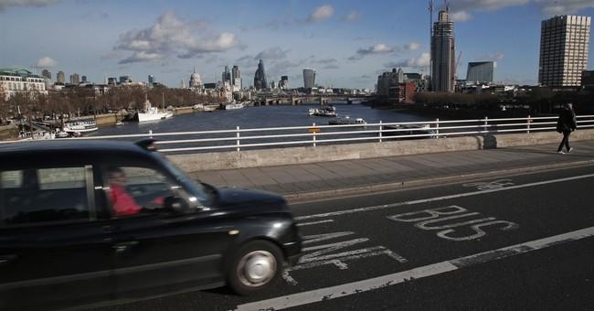 London black cabs get break over rivals on bus lanes