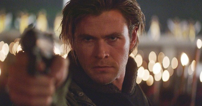 Review: Mann's cyber-thriller 'Blackhat' clicks with urgency