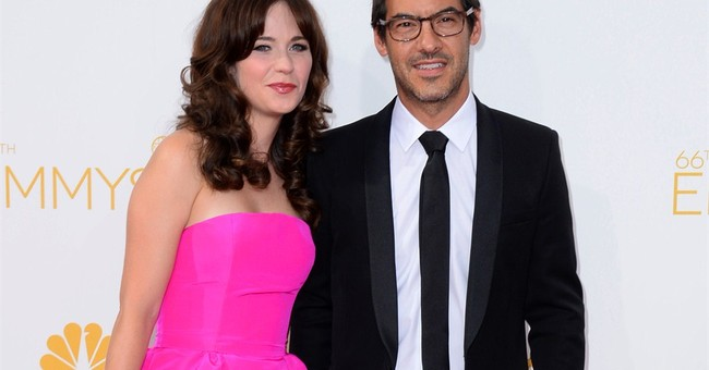 'New Girl' star Zooey Deschanel pregnant with 1st child