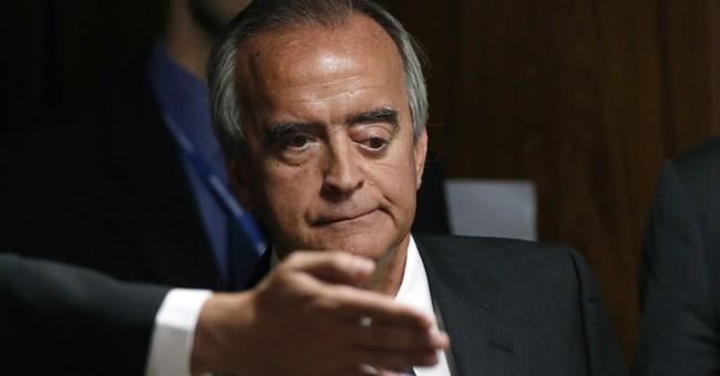 Former Petrobras executive held in Brazil corruption probe