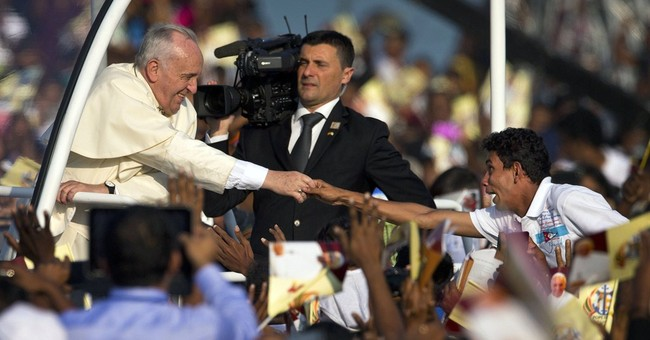 In Sri Lanka, hoping for a touch from Pope Francis