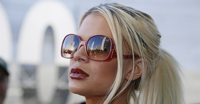 Model who says Cosby sexually abused her meets with police