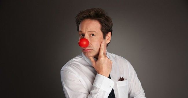 Duchovny among hosts for 'Red Nose Day' charity telecast