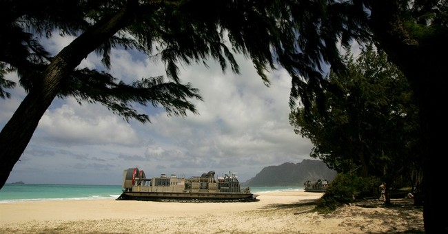 US demonstrates amphibious skills for military leaders