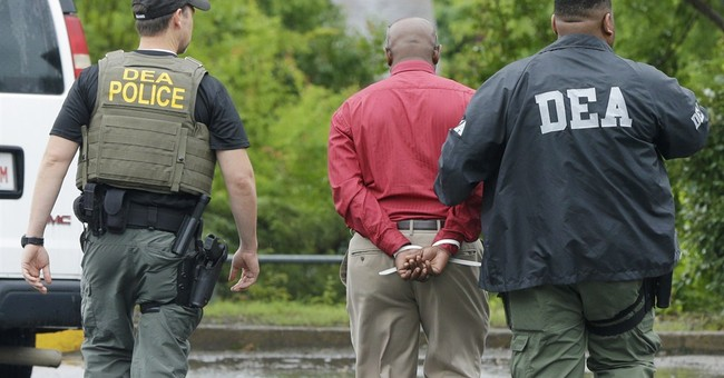 DEA raids clinics, pharmacies in 'pill mill' crackdown