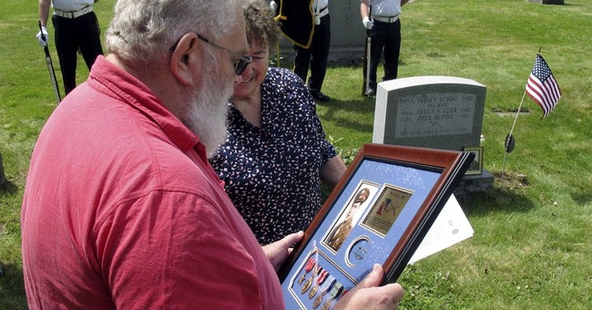 Vermont man becomes keeper of cousin's Purple Heart