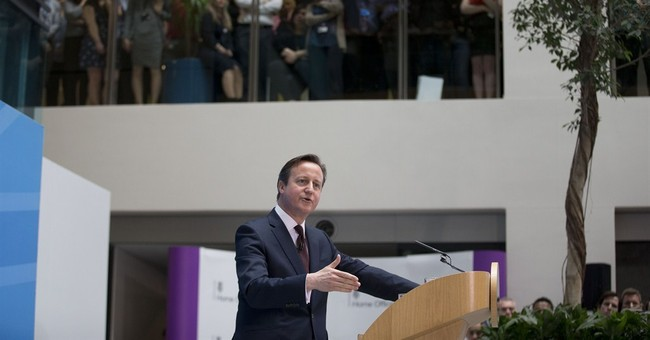 UK's Cameron announces new plans as UK immigration rises