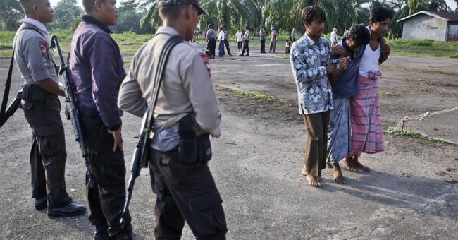 Malaysia orders sea search-and-rescue for migrants