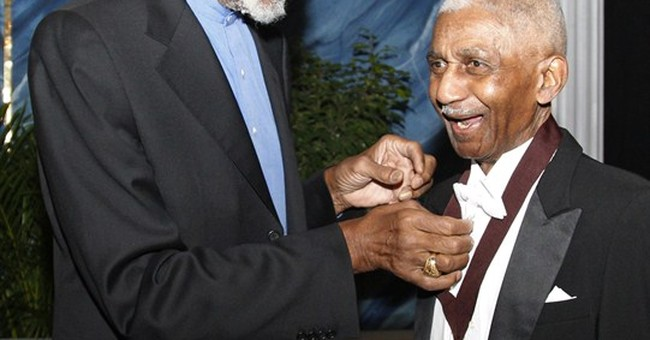 Harlem Globetrotters great Marques Haynes dies at 89