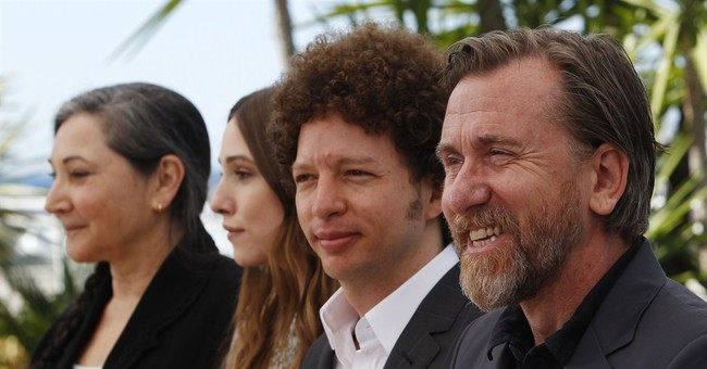 Tim Roth deals with death, sadness in Cannes entry 'Chronic'