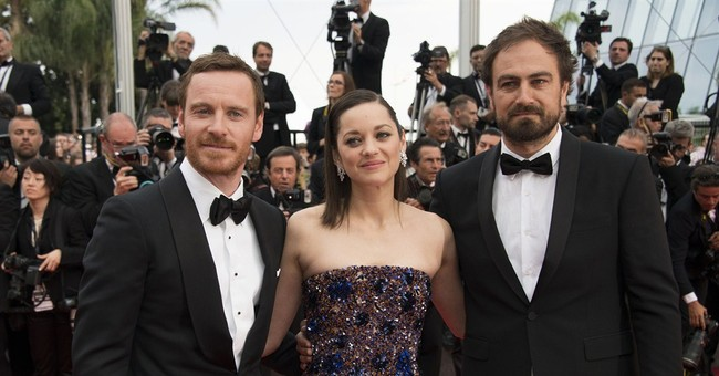 Marion Cotillard is queen of red carpet at Cannes' 'Macbeth'