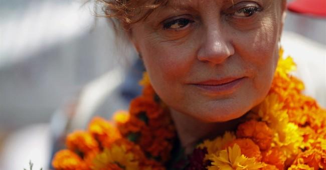 Susan Sarandon urges tourists to visit earthquake-hit Nepal