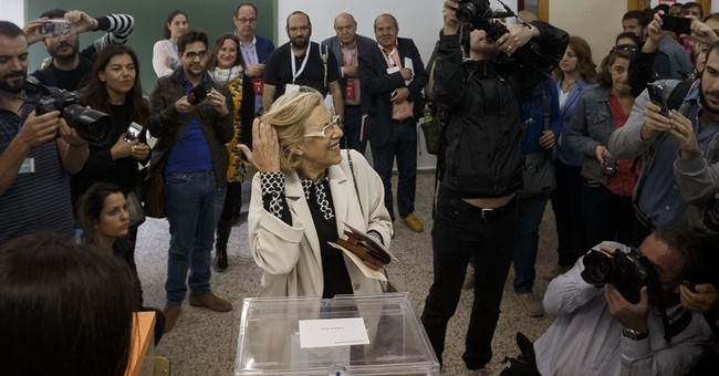 New parties shake Spain's political system in local vote