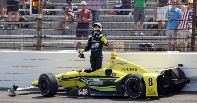 Indianapolis 500 drivers manage to keep cars on ground