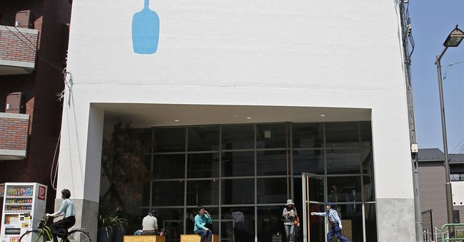 Artsy coffee chain Blue Bottle brews long queues in Tokyo