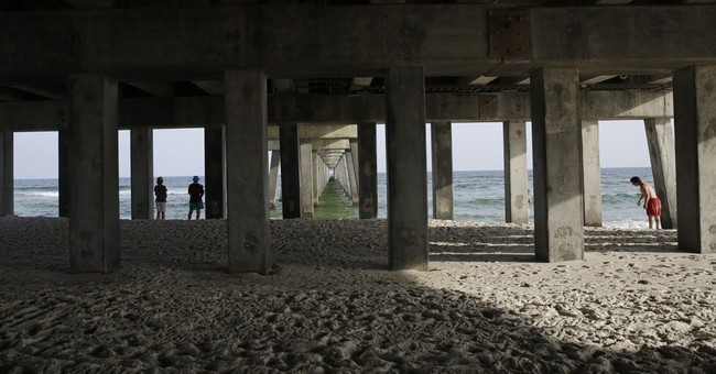 Once vilified, BP now getting credit for gulf tourism boom
