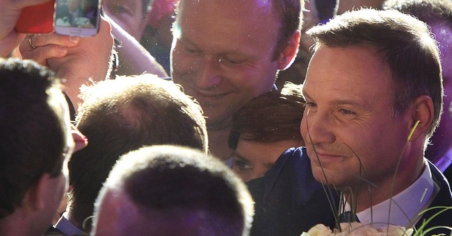 Conservative challenger Duda wins Polish presidential vote