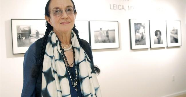 Documentary photographer Mary Ellen Mark dies in NY at 75