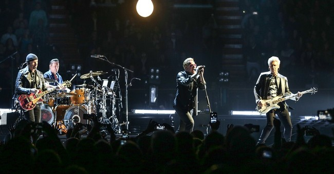 U2 brings its high-tech 'Innocence & Experience' tour to LA