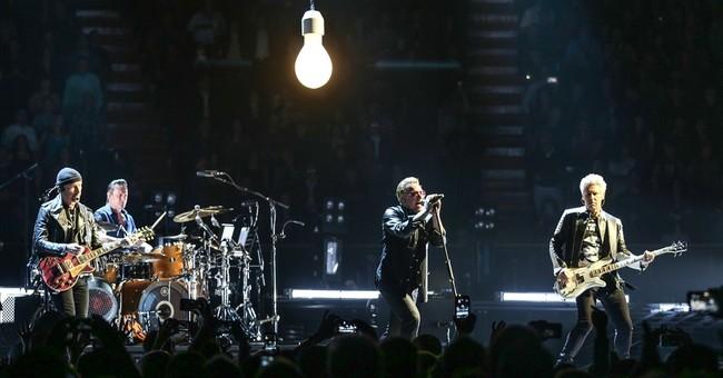 U2 brings its high-tech 'Innocence & Experience' tour to LA