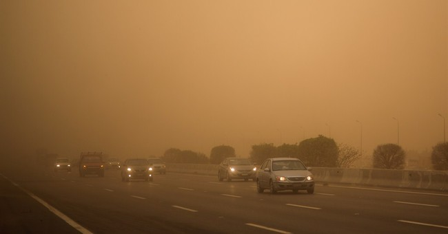 Temperatures soar across Mideast countries amid sandstorms
