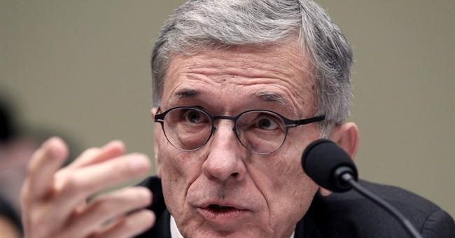FCC head unveils proposal to narrow 'digital divide'